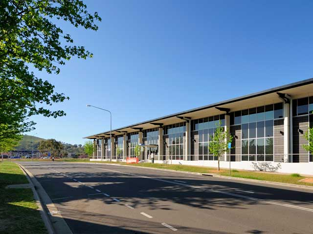 <h1>1 Holwell St, Greenway</h1>